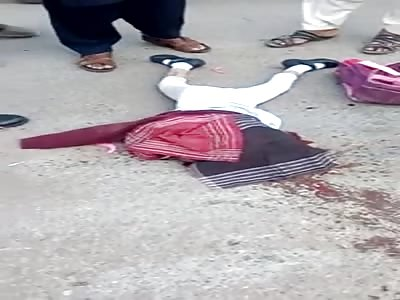 (女子校生)schoolgirl suffers accident